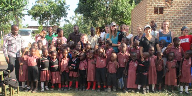 Go volunteer in Uganda